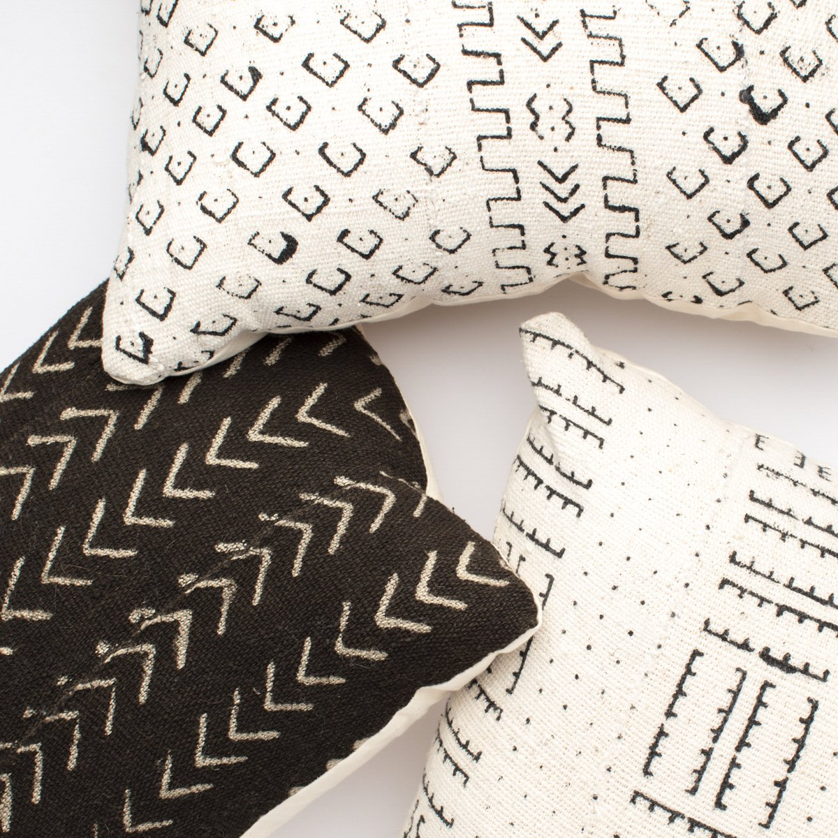 Neutral Pillow Combinations For Any Room Helvetia Journal